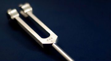 Tuning Fork For Vibrational Raindrop Technique